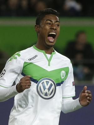 Clube de MG cobra parte da venda de Bruno Henrique a Wolfsburg e Santos 0323bb437613d