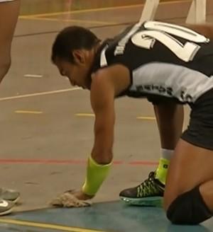 Richarlyson, em sua última partida pelo vôlei de Taquarituba (Foto: Reprodução/TV TEM)