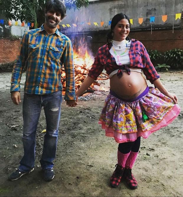 Felipe Prazeres e Carol Castro (Foto: Reprodução)