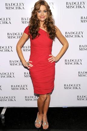 Denise Richards em Nova York, nos Estados Unidos (foto de setembro de 2010) (Foto: Bryan Bedder/ Getty Images)