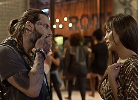 Ralf se declara para Hirô, mas ela dispensa o tatuador de vez