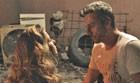 Choque! Romero descobre que Atena o salvou (TV Globo)