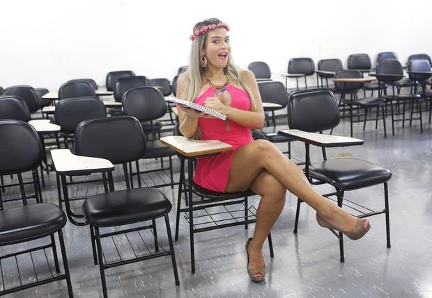 Geisy Arruda visita universidade (Foto: Iwi Onodera / EGO)