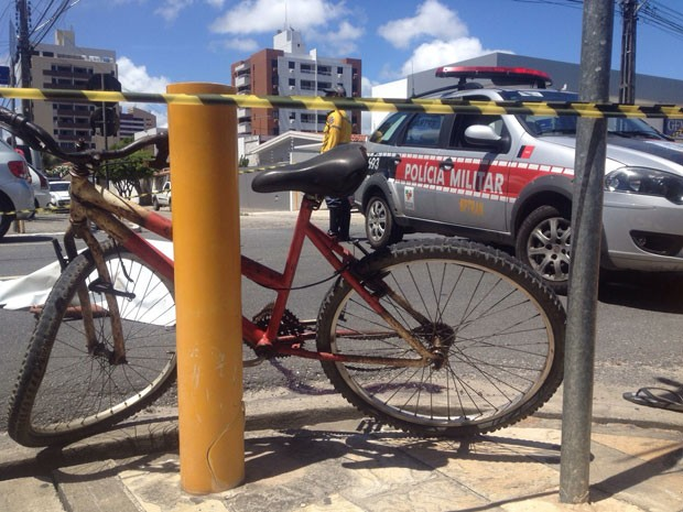 Assaltante morreu após ser atingido por catraca da bicicleta, diz PM (Foto: Walter Paparazzo/G1)