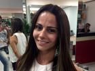 Depois de ficar morena, Viviane Araújo clareia os cabelos de novo