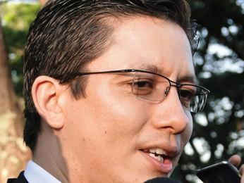Promotor Henry Wagner, durante declaração após interrogatório de Fernanda (Foto: Cristina Moreno de Castro/G1)