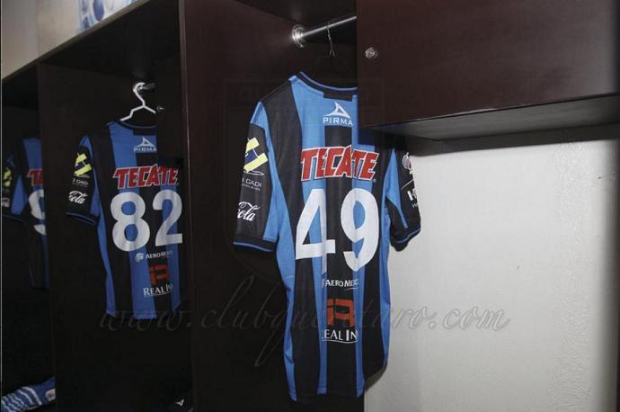 Camisa do Ronaldinho na estreia do Querétaro