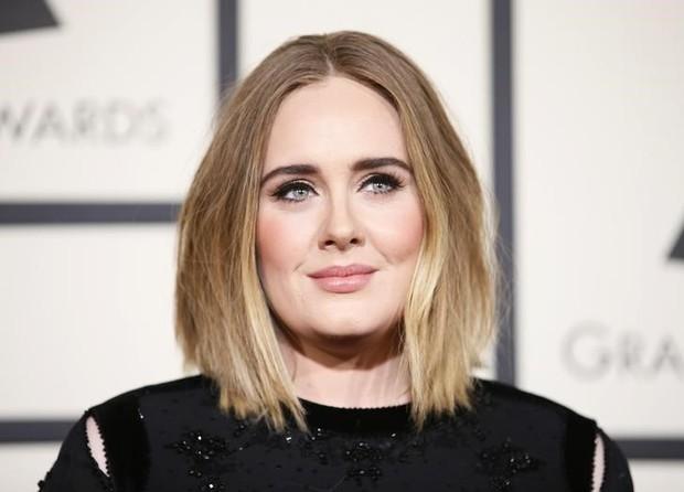 Adele durante evento em Los Angeles, nos Estados Unidos (Foto: REUTERS/Danny Moloshok)