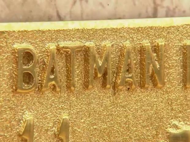 Família Batman tem túmulo em São Manuel (Foto: Reprodução/TVTEM)
