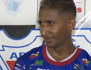 Feijão marcou mais um gol para o Ariquemes (Foto: Jeferson Guedes)