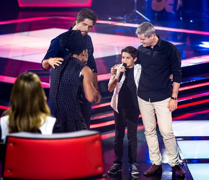 Allexandre Nunes improvisou um dueto com Victor e Léo (Foto: Isabella Pinheiro/Gshow)