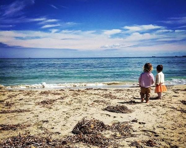 Blogueira australiana Constance Hall fala das contradições da maternidade (Foto: Reprodução Facebook)