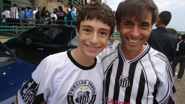 Torcedor Renato fã de Neymar (Foto: Fabrício Marques / globoesporte.com)