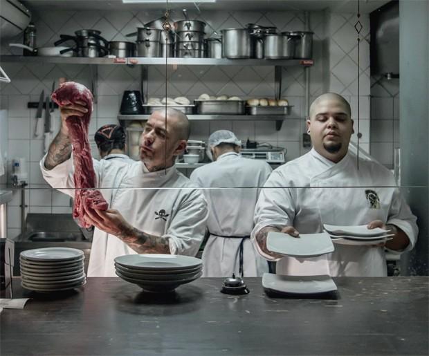 Saiba quem são os braços direitos dos maiores chefs do país