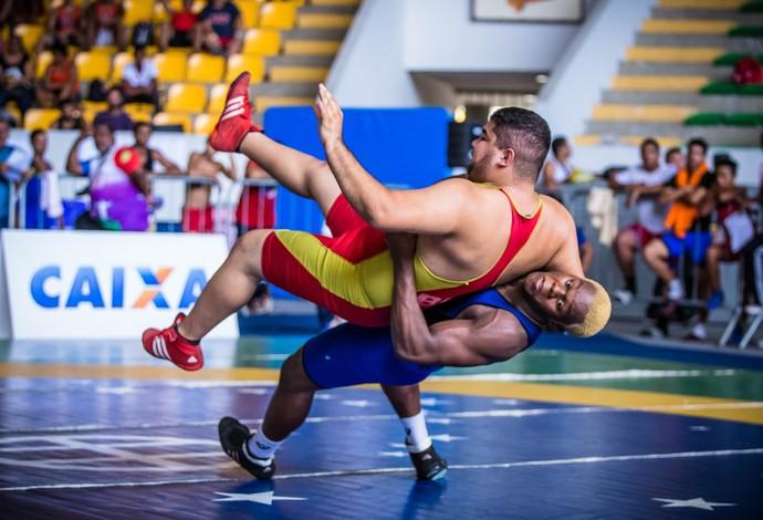 Douglas Rocha luta olímpica (Foto: Renato Sette/CBW)