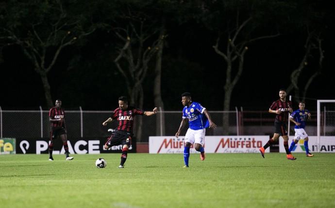Foz do Iguaçu Atlético-PR (Foto: Roberto Lemos/ Gazeta do Povo)