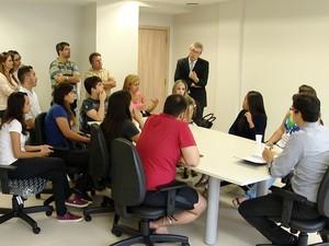 alunos vão ao mpf por conta do enem em uberlândia (Foto: Reprodução/TV Integração)