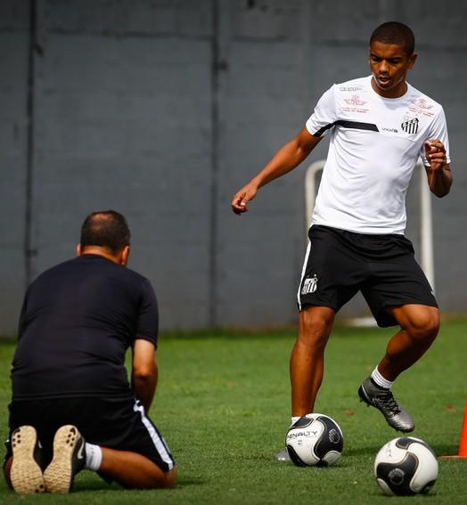 voltando (Ricardo Saibun / Santos FC)