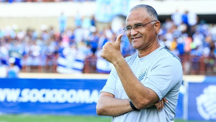 Técnico do CSA, Oliveira Canindé (Foto: Ailton Cruz/Gazeta de Alagoas)