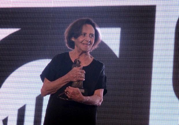 Laura Cardoso recebeu homenagem na cerimônia de abertura do Festival de Cinema de Santos, SP (Foto: Jonatas Oliveira/G1)