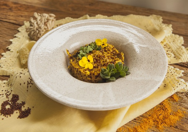 Risoto de quinoa com shimeji e curry (Foto: Divulgação)