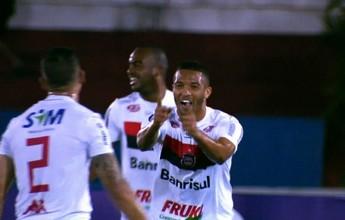 Goiás e Brasil de Pelotas empatam  em jogo de tempos bem distintos
