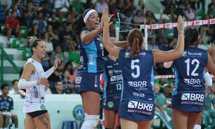 39c9670149 Brasília x Fluminense Superliga feminina (Foto  Felipe Costa   Ponto MKT)