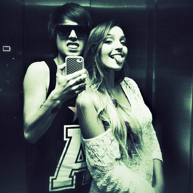 Pe Lanza posta foto com a namorada (Foto: Instagram / Reprodução)