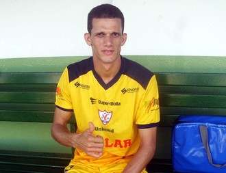 Joécio zagueiro do Águia de Marabá (Foto: Site oficial do Águia de Marabá)