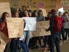 Alunos de Cascavel protestam contra mudanças no ensino médio