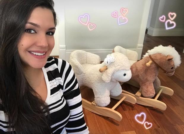 Thais Fersoza com brinquedos de Melinda e Teodoro (Foto: Reprodução/Instagram)