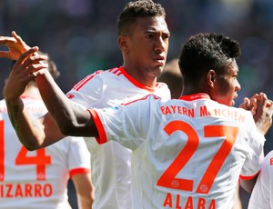 Alaba boateng bayern de munique gol hannover 96 (Foto: Agência AP)