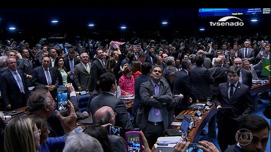 Processo de impeachment gerou cicatriz e sociedade ainda está dividida, diz Barroso