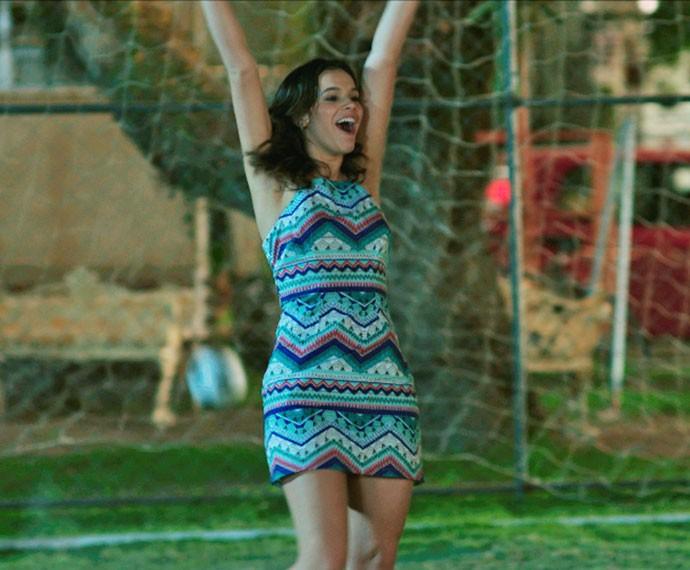 O vestido é a peça preferida da personagem de Bruna Marquezine (Foto: TV Globo)