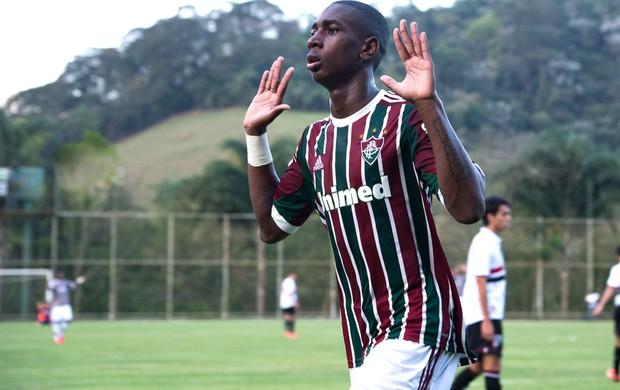 Comemoração do Fluminense contra o São Paulo na copa do Brasil sub-17 (Foto: Bruno Haddad / Fluminense F.C)
