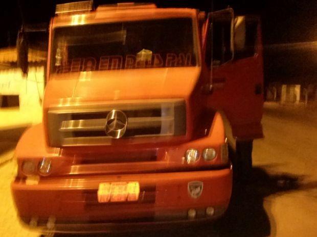 Caminhão saiu com o entorpecente de Pernambuco para Sergipe (Foto: Polícia Federal/Divulgação)