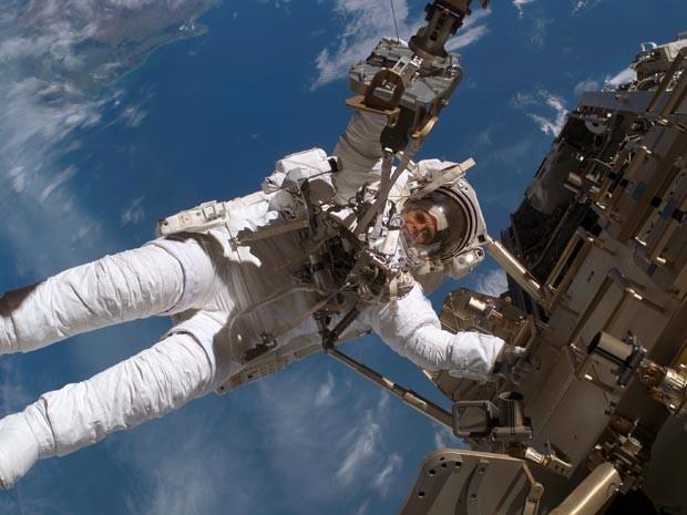 Radiação no espaço é bem maior que na Terra (Foto: AP Photo/Nasa)