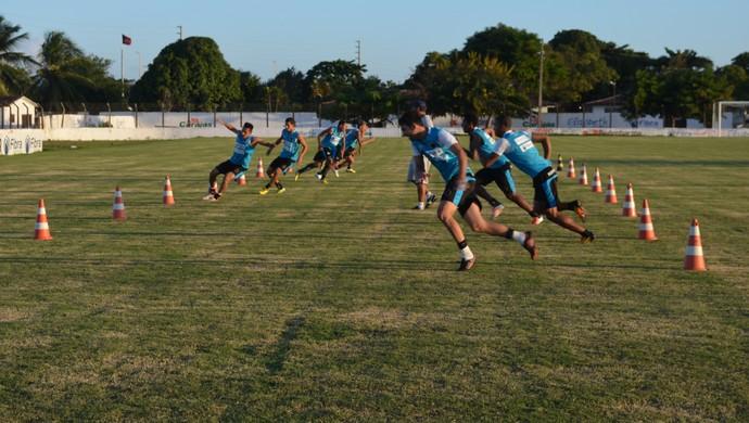 Treino do Botafogo-PB, na Maravilha do Contorno (Foto: Amauri Aquino / Globoesporte.com/pb)