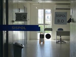 Sistema da Central de Polícia ficou fora do ar. (Foto: Carolina Sanches/ G1)