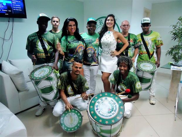 Solange Gomes na Santa Cruz (Foto: Divulgação/Divulgação)