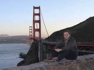 O copiloto Andreas Lubitz é visto em foto reproduzida de seu perfil no Facebook (Foto: Reuters)