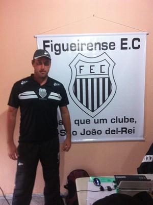 Eduardo Luersen assume comando do Figueirense-MG em 2016 (Foto: Figueirense-MG/ Facebook)
