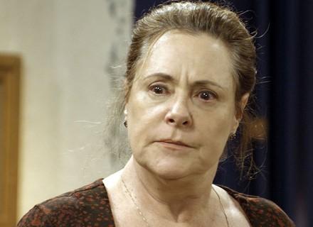 Cunegundes fica furiosa ao saber que a Filomena está pobre