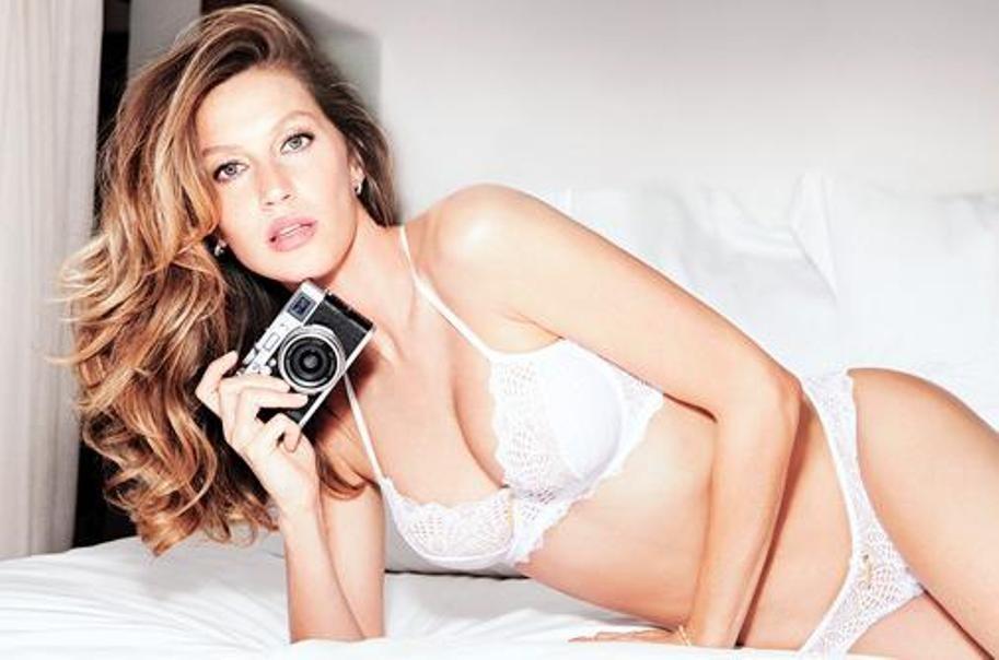 b399b12bc Gisele Bündchen compartilha bastidores de campanha de lingerie - GQ ...