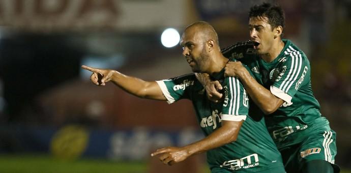 Alecsandro Gol Palmeiras (Foto: Célio Messias/Estadão Conteúdo)