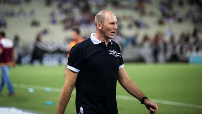 Gilmar Dal Pozzo, técnico do Ceará (Foto: Stephan Eilert)