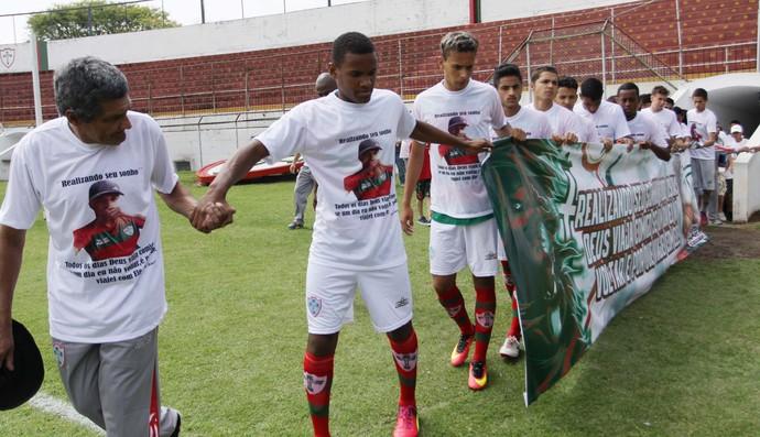 portuguesa sub-17 homenagem (Foto: Newton Menezes/Futura Press)