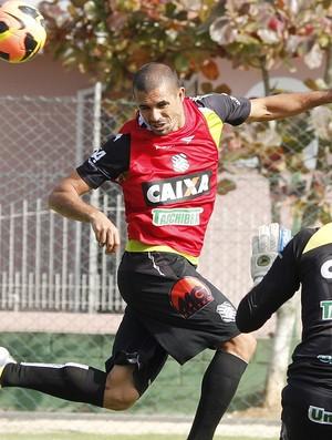 Douglas Silva zagueiro Figueirense (Foto: Luis Henrique /Figueirense FC)