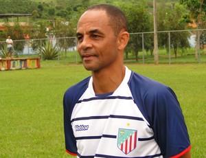 Edson Souza, treinador do São João da Barra (Foto: Fabio Menezes / Divulgação)