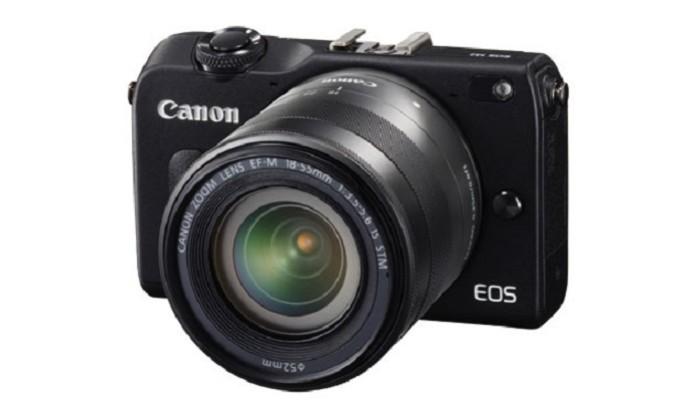 Canon anuncia seu novo modelo da linha mirrorless, a EOS M2 (Foto: Reprodução / Engadget)